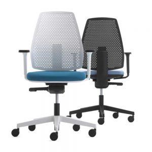Dve radne stolice u crnoj i beloj boji sa tockicima.